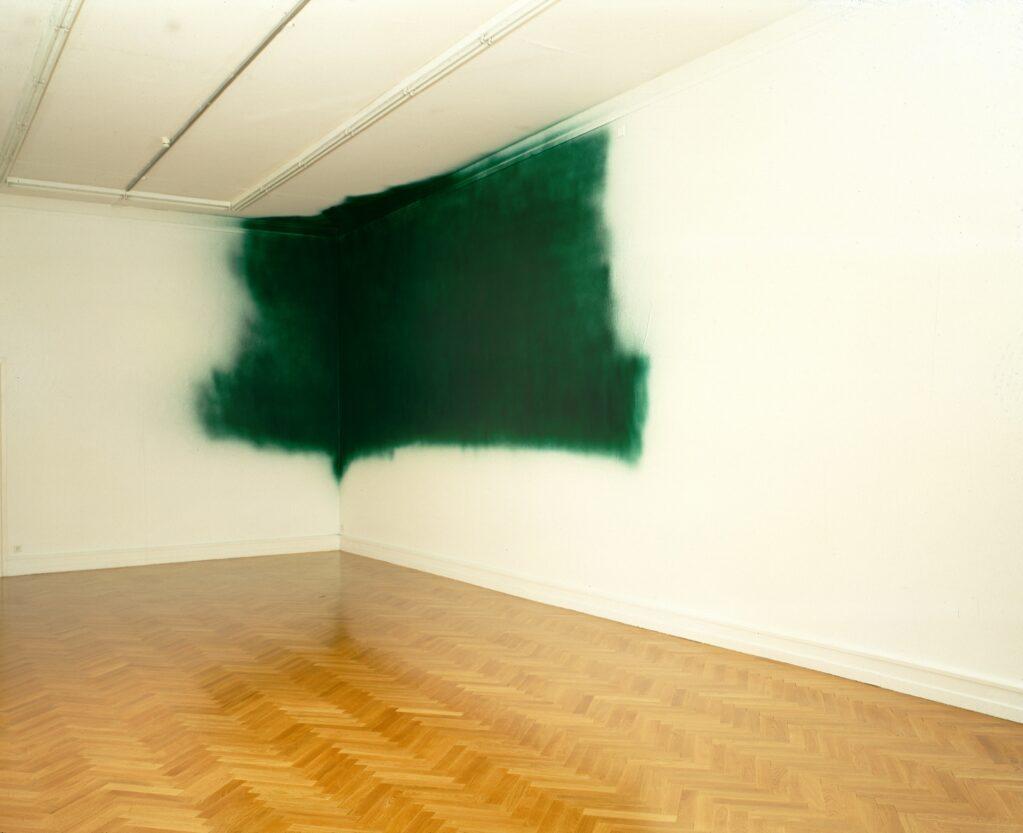 Untitled, 1998 • Installation view at Kunsthalle Bern, Bern, Switzerland (CH)