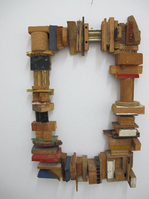 Geschichteter Rahmen, 1987 • wood, frame-parts, 85 × 55 × 12 cm