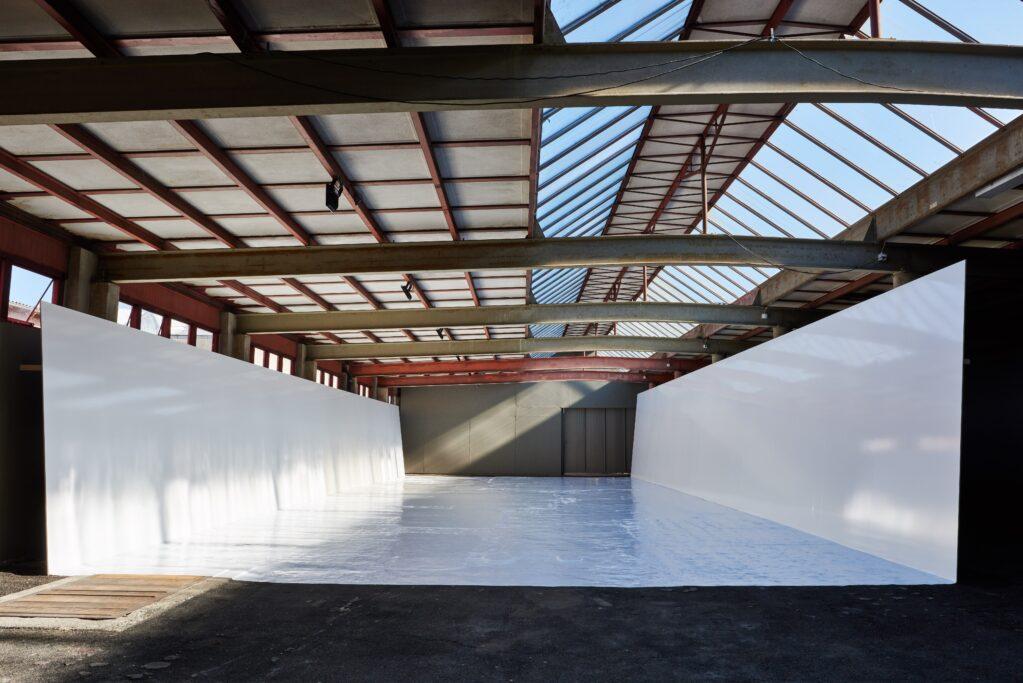 bereit zu tragen, 2021 • Installation view Kunsthalle Arbon, Arbon, Switzerland