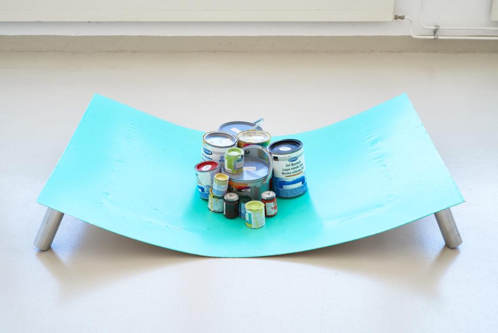 T-18.1 (Gewicht), 2018 • acrylic,  paint cans on aluminium, table legs, 150 x 100 x 22 cm