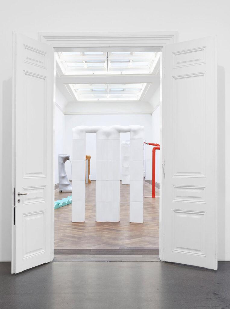 Die Nichtschönen. Werke 1967–1974, 2021 • installation view at Kunsthalle Basel (CH)