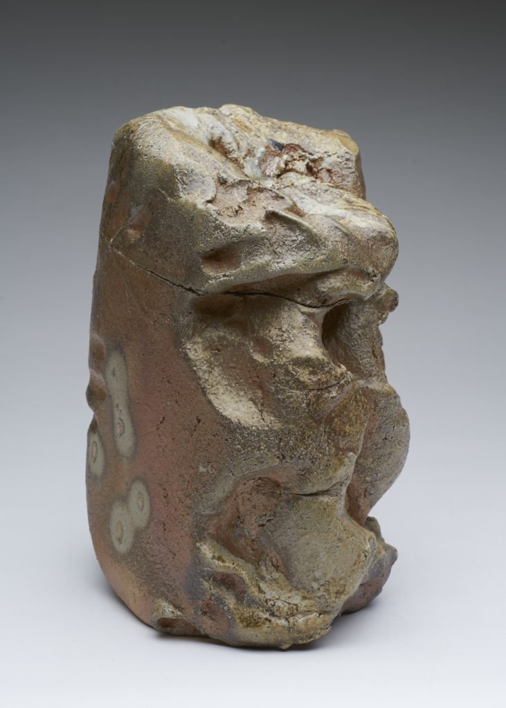 Ohne Titel 2011 • stoneware, burned in a wood-fired oven, 36 x 23 x 29 cm