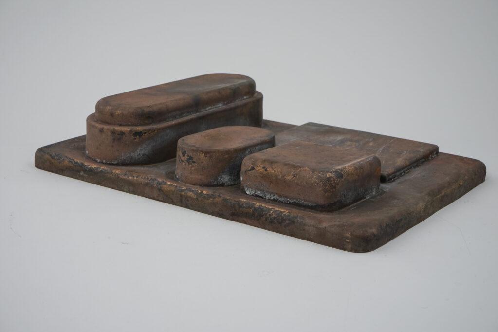 Vestige du Jour N° 1, 2020 • bronze casting, 31 x 22 x 6.5 cm (Photo: Kunstgiesserei St.Gallen)