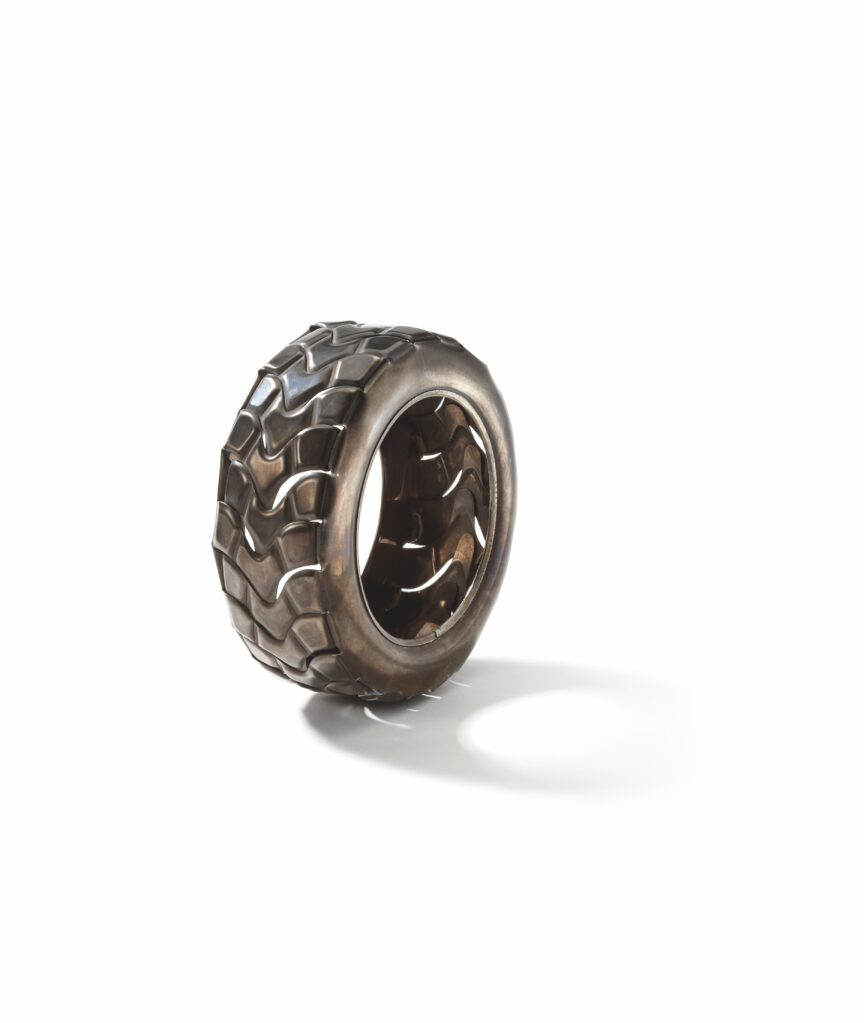 Tyre, 2009 • silver patinated, t = 4, ∅ 11 cm